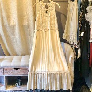 Indigo Thread Cream Lace Ruffle Dress